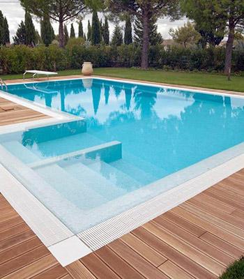 piscina a sfioro griglia plastica