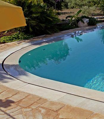 dettaglio piscina bordo sfioro raggio curva, sfioro piscina